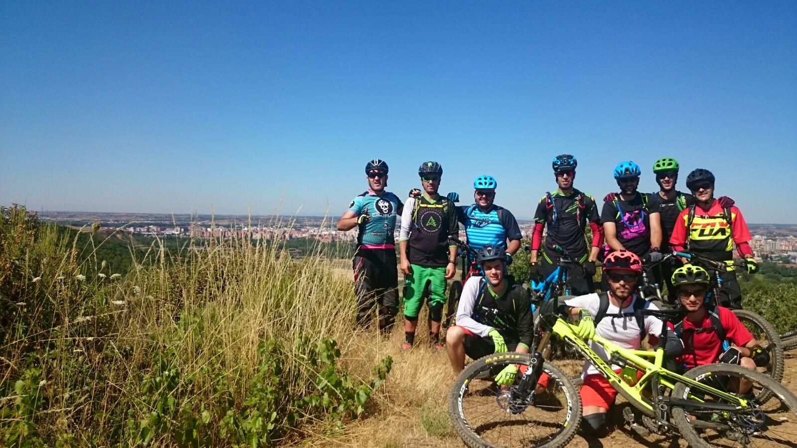 El grupo, casi al completo de Los Goonies Bike! Grandes!!!